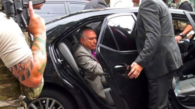 Ex-presidente Michel Temer se apresentou à PF para retornar à prisão e foi transferido para unidade da Polícia Militar nest asegunda-feira (13).