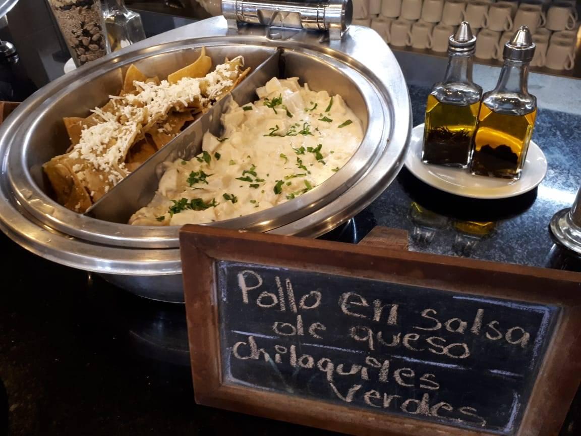 Prato com, frango em restaurante no México: governo brasileiro quer nova cota de importação, que garantiria menor taxação para a nossa carne.