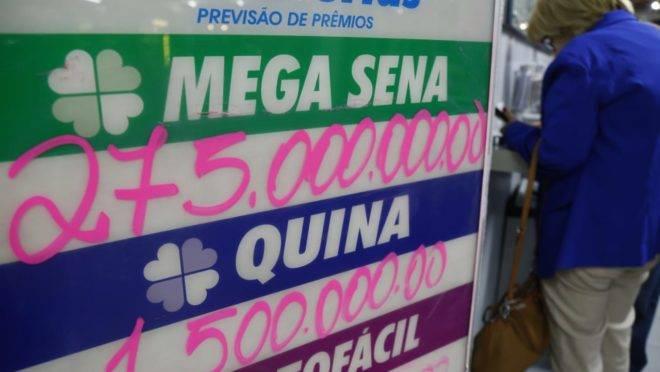 Prêmio recorde levou muita gente às casas lotéricas