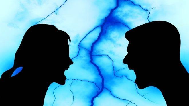 Um terço das mulheres afirma já ter sofrido algum tipo de violência doméstica ou familiar por um homem