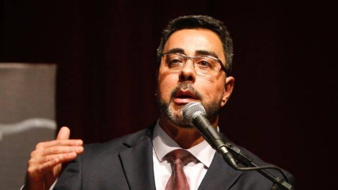 O juiz Marcelo Bretas, da Lava Jato do Rio de Janeiro, em palestra no Congresso Nacional Sobre Macrocriminalidade e Combate à Corrupção, em Curitiba.