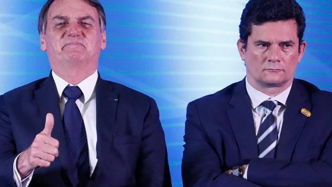 O presidente Jair Bolsonaro e o ministro da Justiça, Sergio Moro.