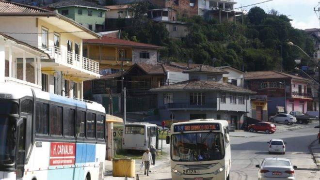 Abalo desta terça-feira (14) em Rio Branco do Sul veio com um grande estrondo.