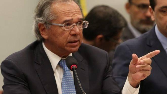 O ministro da Economia, Paulo Guedes, durante audiência pública na Comissão Mista de Orçamento.