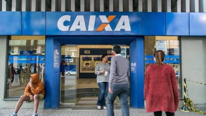 Agência da Caixa Econômica Federal em Curitiba.
