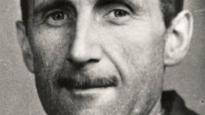 O escritor George Orwell