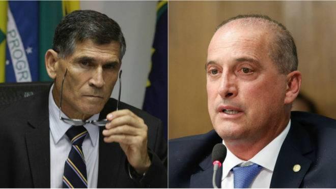 Os ministros Santos Cruz, da Secretaria de Governo, e Onyx Lorenzoni, da Casa Civil.