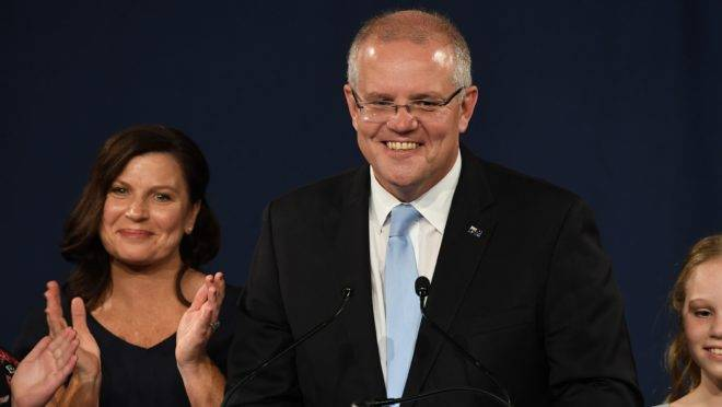 Primeiro-misnistro Scott Morrison é reeleito na Austrália. (Photo by Saeed KHAN / AFP)
