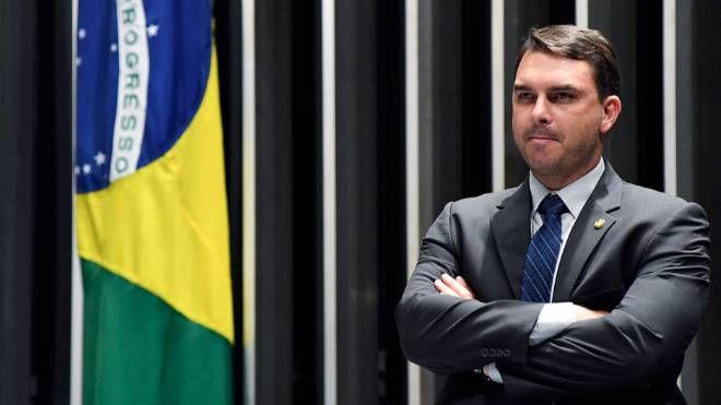 Flávio Bolsonaro faltou a acareação