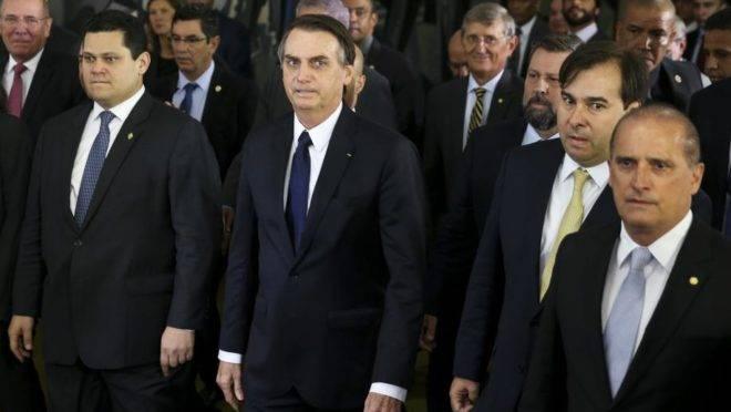 MPs assinadas por Bolsonaro
