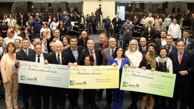 Entrega dos prêmios do Nota Paraná de maio