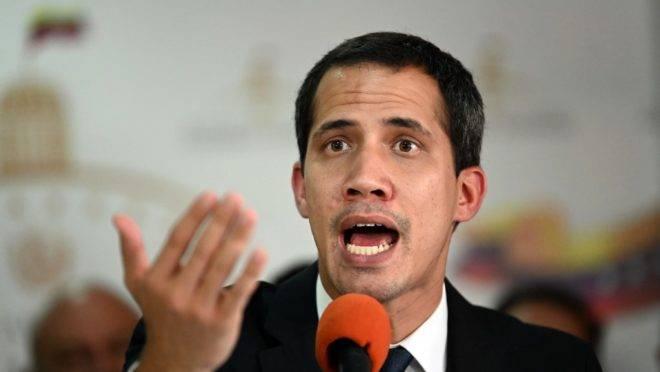 O presidente interino da Venezuela, Juan Guaidó, na sede da Assembleia Nacional, em Caracas, 14 de maio
