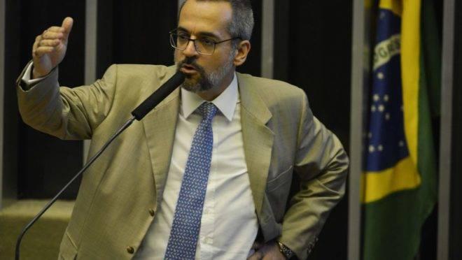 O ministro da Educação, Abraham Weintraub, na Câmara dos Deputados  para detalhar como será feito o bloqueio de verbas de universidades públicas e institutos federais.
