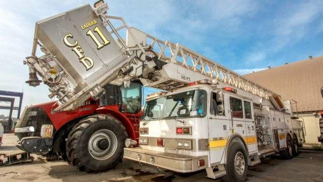 O caminhão é do modelo Ladder 11, do ano de 1984.