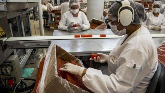 Produção de sabonetes da Natura
