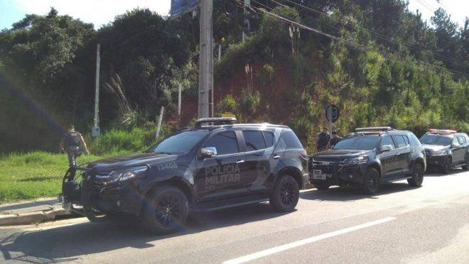 Suspeito tentou fugir da abordagem dos policiais do Bope.