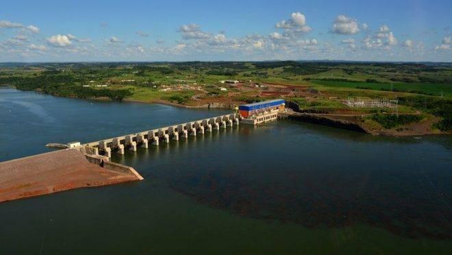 Usina Hidrelétrica de Baixo Iguaçu, na região Sudoeste do estado