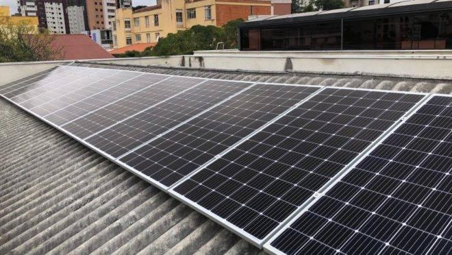 Sistema implantado em imobiliária de Curitiba reduziu a conta de luz mensal de R$ 1,2 mil para menos de R$ 180. Foto: Divulgação