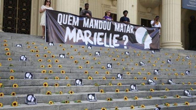 Ato na escadaria da Assembleia Legislativa do Rio de Janeiro (Alerj) marca um ano da morte da vereadora Marielle Franco e seu motorista Anderson Gomes. Foto: Tomaz Silva/Agência Brasil