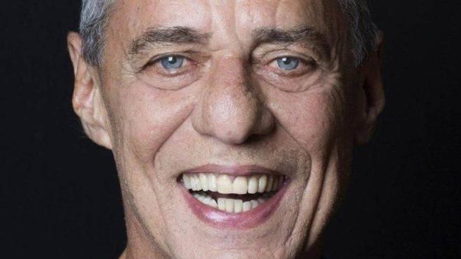 Chico Buarque recebeu na terça-feira, dia 21, o polpudo Prêmio Camões.