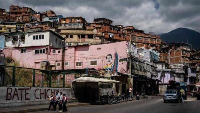 A favela de Petare, em Caracas, capital da Venezuela