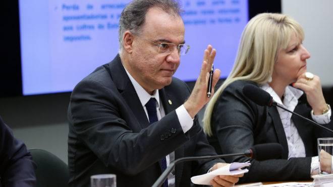 Samuel Moreira (PSDB-SP), relator da reforma da Previdência em comissão especial da Câmara dos Deputados