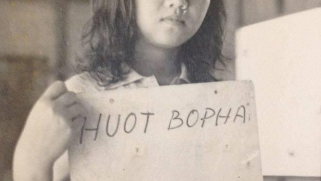 Sayavong em um campo de refugiados nas Filipinas, em 1979.