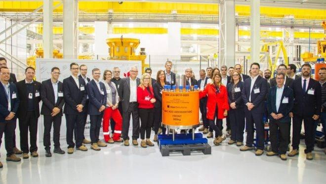 Um marco para a Aker do Brasil: esta é a primeira entrega de equipamentos destinados à extração de petróleo desenvolvidos por conteúdo local para exportação à Noruega.