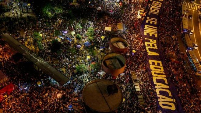 Manifestação em defesa da educação em São Paulo, 30 de maio