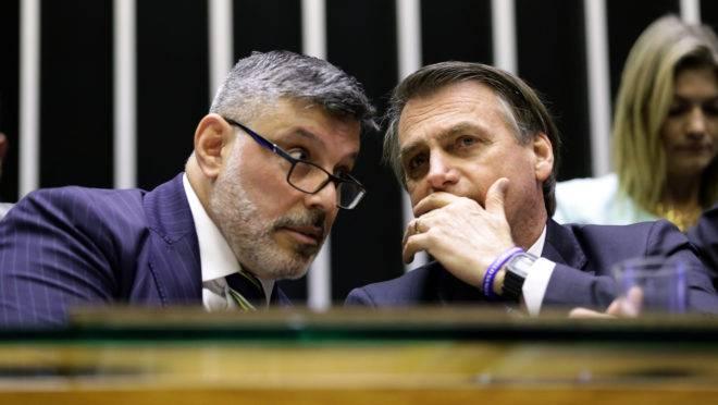 Alexandre Frota, deputado federal do PSL-SP, e Jair Bolsonaro, presidente da República. Foto: Michel Jesus/Agência Câmara