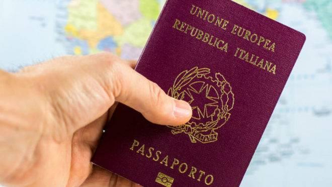 Investigação em Curitiba e Brasília pode cancelar até 30 mil passaportes italianos.