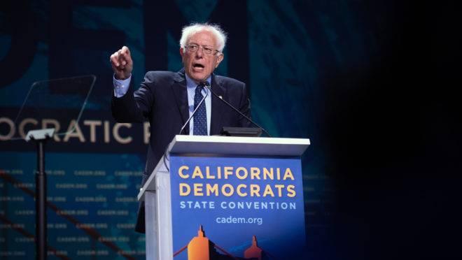 Submetidos à doutrinação em cursos sem perspectivas de futuro, os jovens norte-americanos são presa fácil para socialistas como Bernie Sanders.