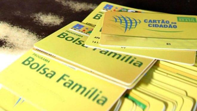 Cartões de benefício: empresário tem vantagem contratar beneficiário do Bolsa Família