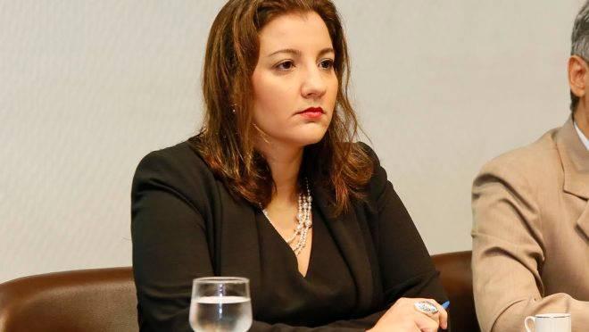 A advogada criminal Maíra Fernandes, defensora de Neymar.