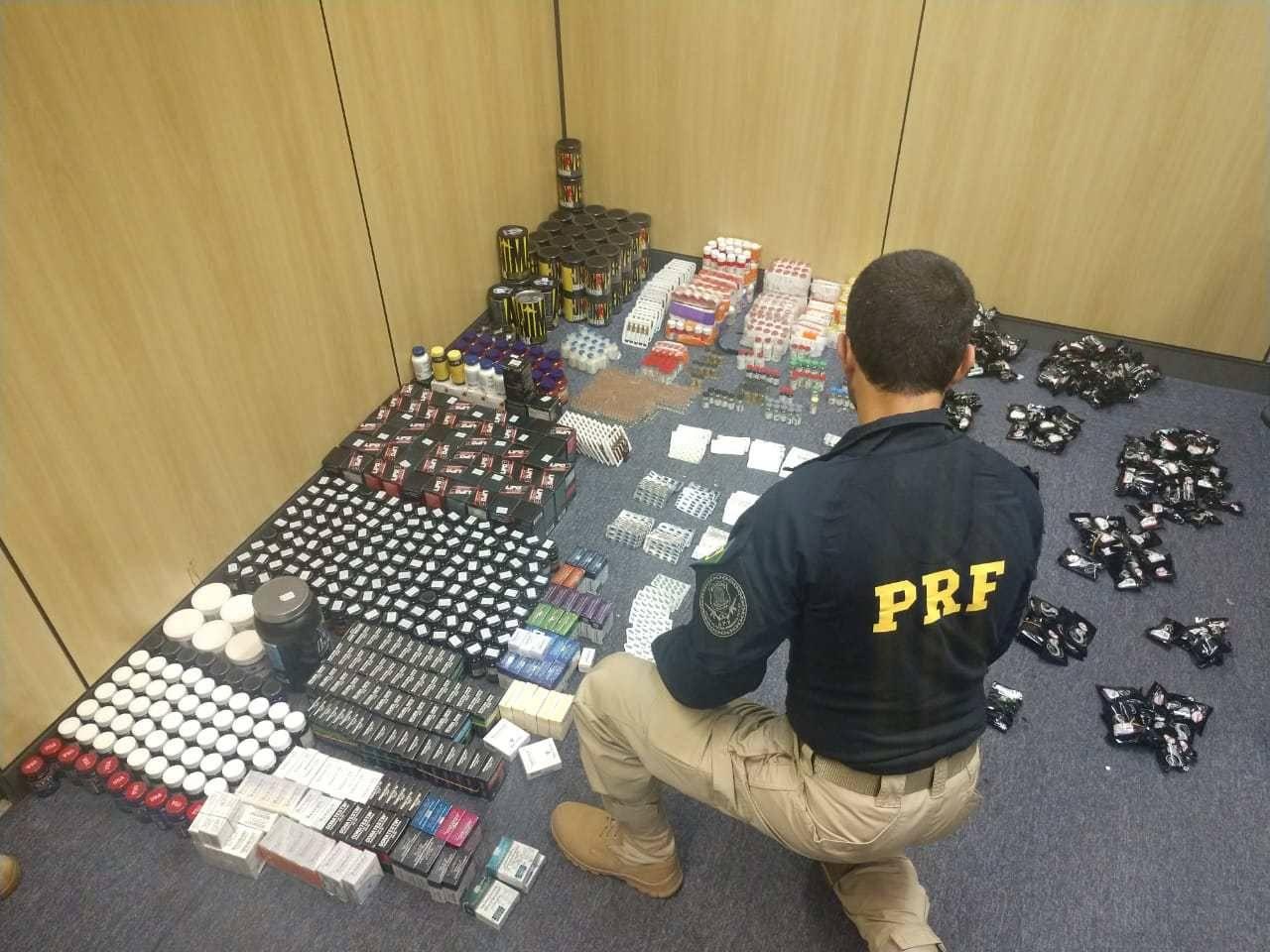 Carga de medicamentos proibidos pela Anvisa e apreendida pela PRF em 2018 entrou no Brasil por Foz do Iguaçu.