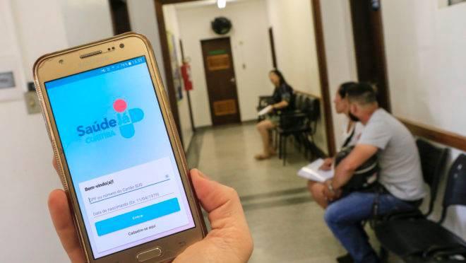 Aplicativo Saúde Já Curitiba serve, entre outras coisas, para marcar consultas.
