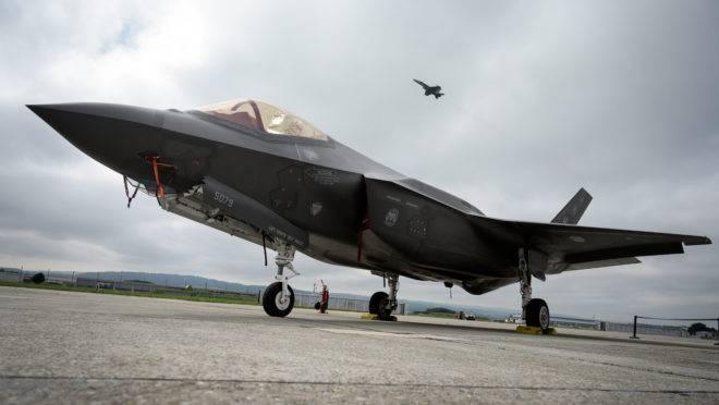 Caça a jato Lockheed Martin F-35
