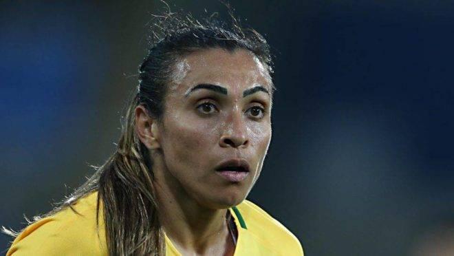 As jogadoras de futebol feminino merecem aplausos por vários motivos, mas não podem ser transformadas em baluartes de uma causa.