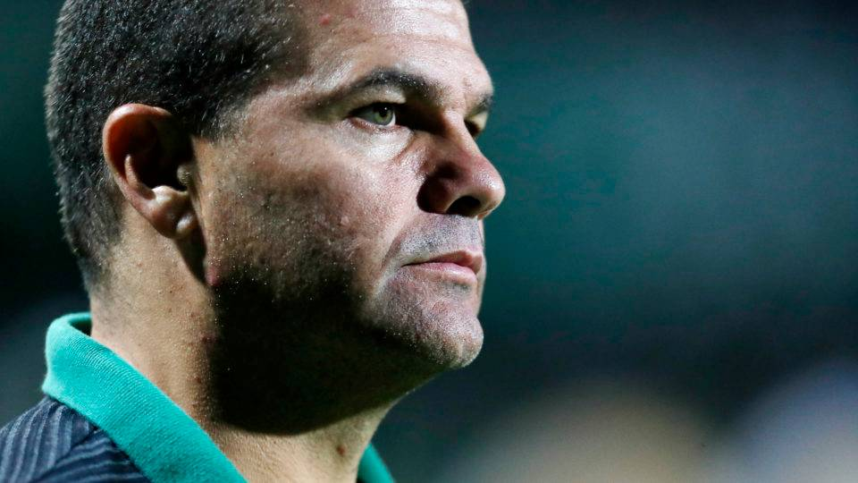 """Umberto Louzer lamenta revés contra o Londrina: """"É a pior derrota que eu sofri"""""""