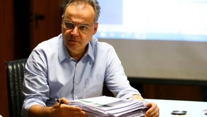 O relator da comissão especial da Reforma da Previdência, Samuel Moreira. Ele apresentou nesta quinta seu relatório. Foto: Marcelo Camargo/Agência Brasil