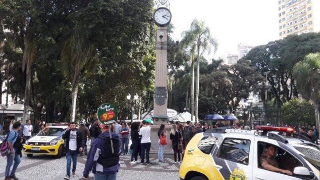 Músicos foram detidos em Curitiba nesta quarta