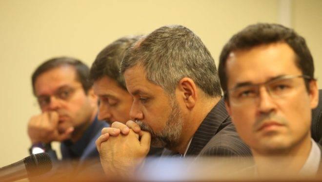 Deltan Dallagnol e outros procuradores da força-tarefa da Lava Jato no Paraná. Foto: Albari Rosa/Gazeta do Povo