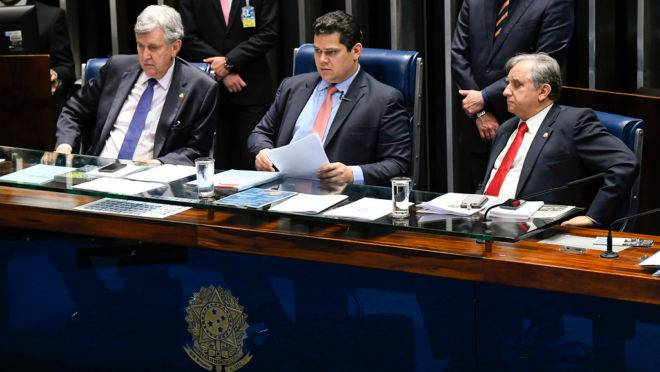 PEC das MPs: mesa do Senado