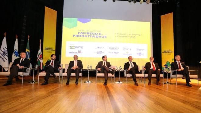 Lançamento do programa Mobilização pelo Emprego e Produtividade para Todos teve participação de agentes políticos e representantes setoriais