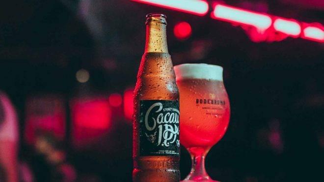 Stone/Bodebrown Cacau IPA, uma American IPA,é uma das estrelas do Growler Day da cervejaria Bodebrown no fim de semana. (Foto/ Diego Cagnato)