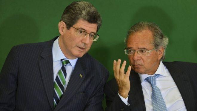 O ex-presidente do BNDES, Joaquim Levy, e o ministro da Economia, Paulo Guedes.