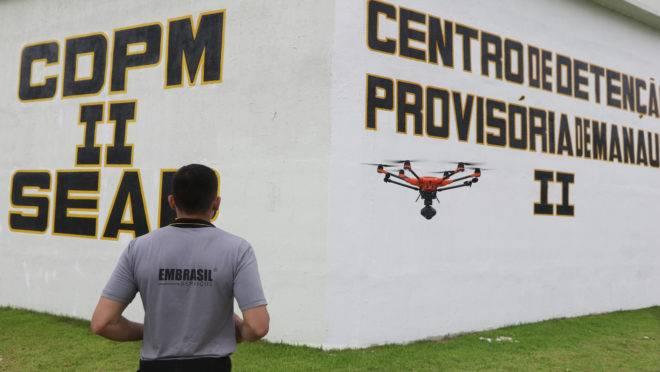 Drone auxilia no monitoramento de presídio em Manaus (AM), administrado pela Embrasil.