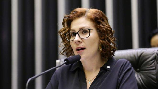 A deputada Carla Zambelli (PSL-SP).