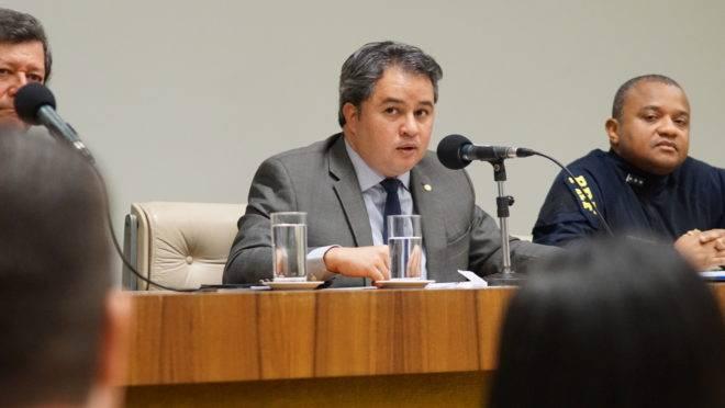 Deputado Efraim Filho (DEM-PB): Contrabando é visto como inofensivo ao olhar do consumidor.