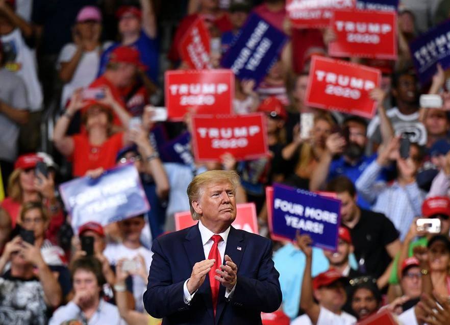 O presidente dos Estados Unidos, Donald Trump, após comício em Orlando, Flórida, para lançar a sua candidatura à presidência em 2020